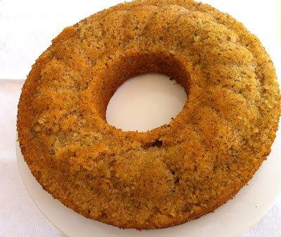 Saftiger Zitronenkuchen mit Mandeln von Carlotte von Jung Arras