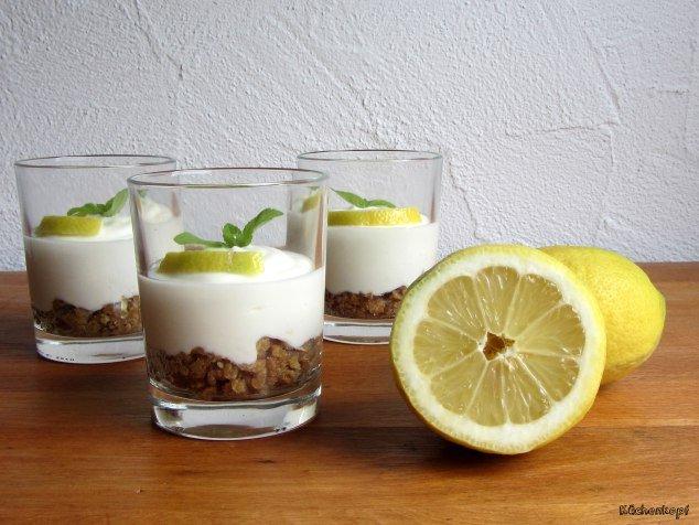Zitronentörtchen im Glas von Tina von Küchenkopf