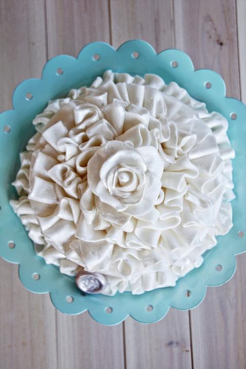 Small Ruffle Cake
