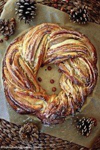 Weihnachtlicher Nusskranz {Do it TWICE!! The Baking Challenge mit Fabulous Food}