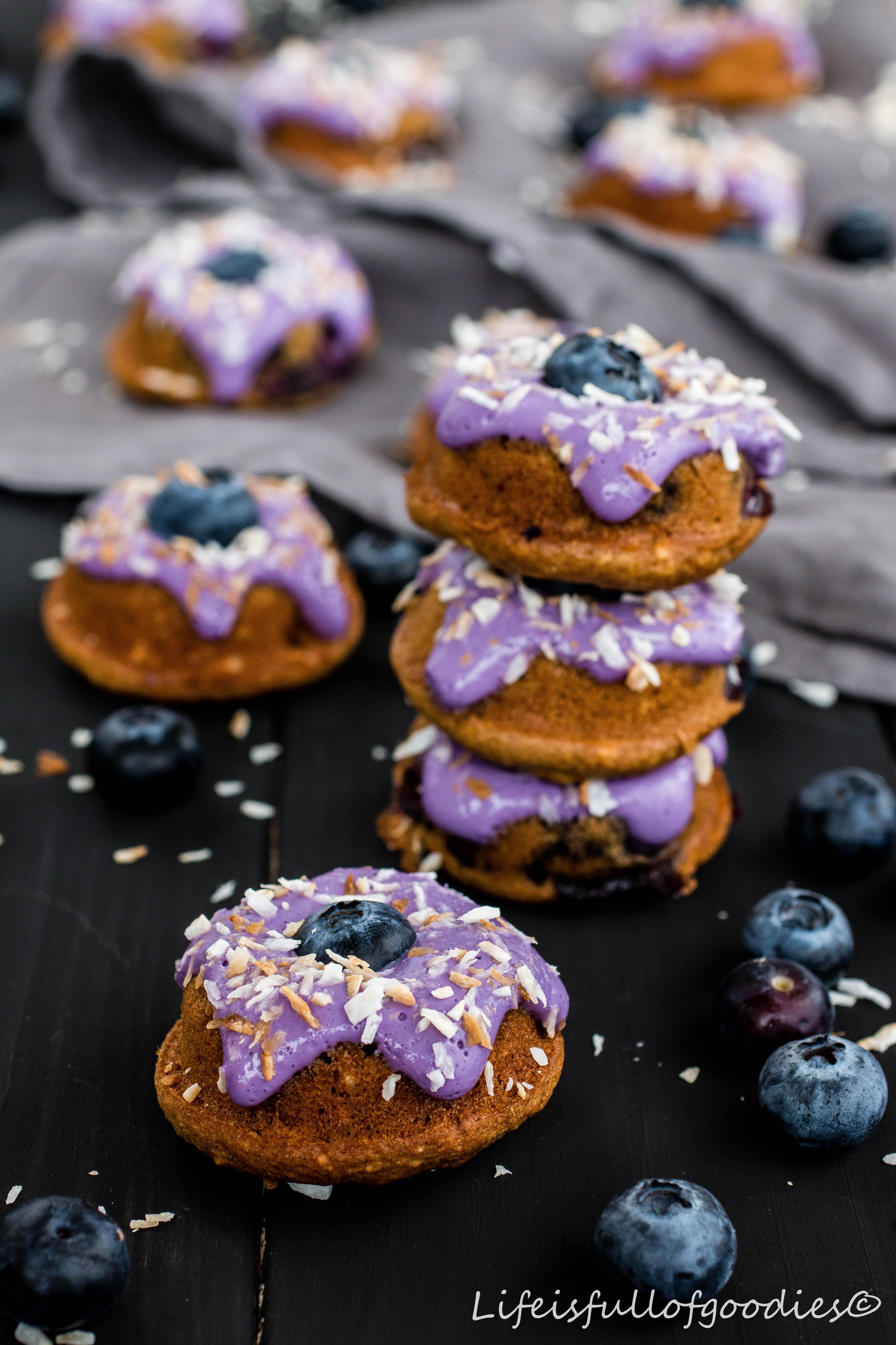 Blaubeer Kokos Minidonuts