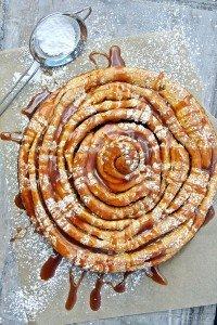Giant Carrot Cake Roll mit Apfelkaramell aus Mara´s Sweet Goodies