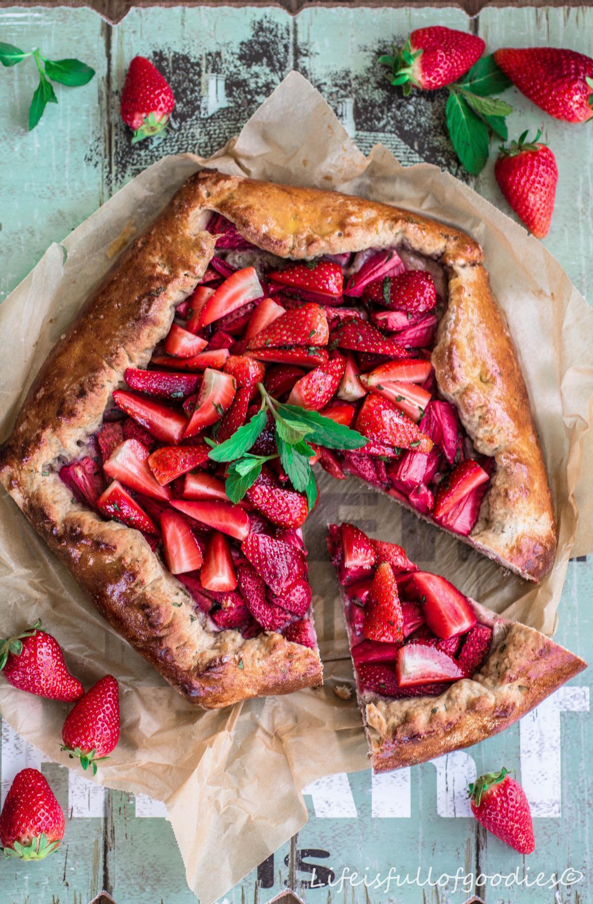 Erdbeer Galette aus Dinkel-Vollkorn-Teig