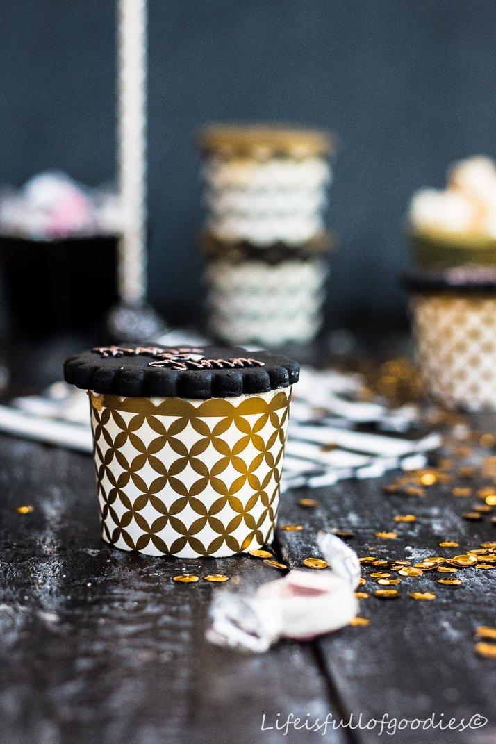 Art Deco mit der Schönhaberei und Bananen Schoko Cupcakes