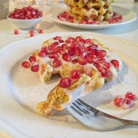 """Gastbeitrag: Möhren-Vanille-Waffeln mit Zimtjoghurt von """"Olles Himmelsglitzerdings"""""""
