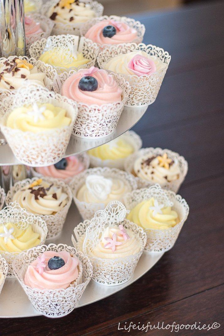 Cupcake-Hochzeitstorte - Life Is Full Of Goodies