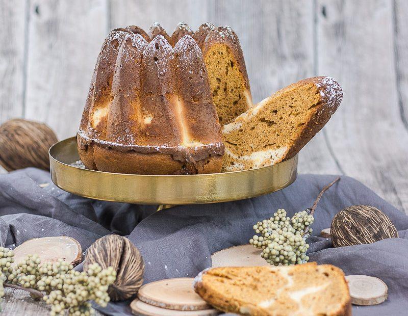 Süßkartoffelkuchen mit Cream Cheese Swirl