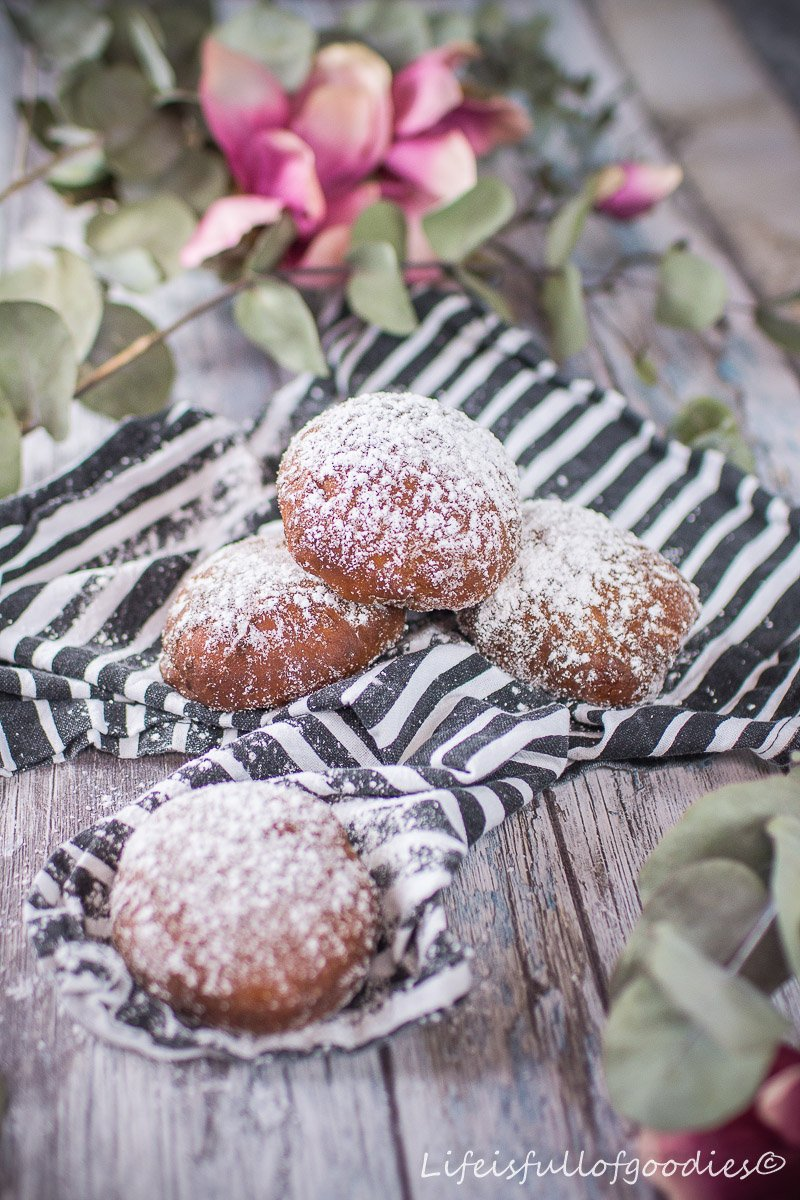 Marmeladen-Krapfen oder bei uns Berliner genannt