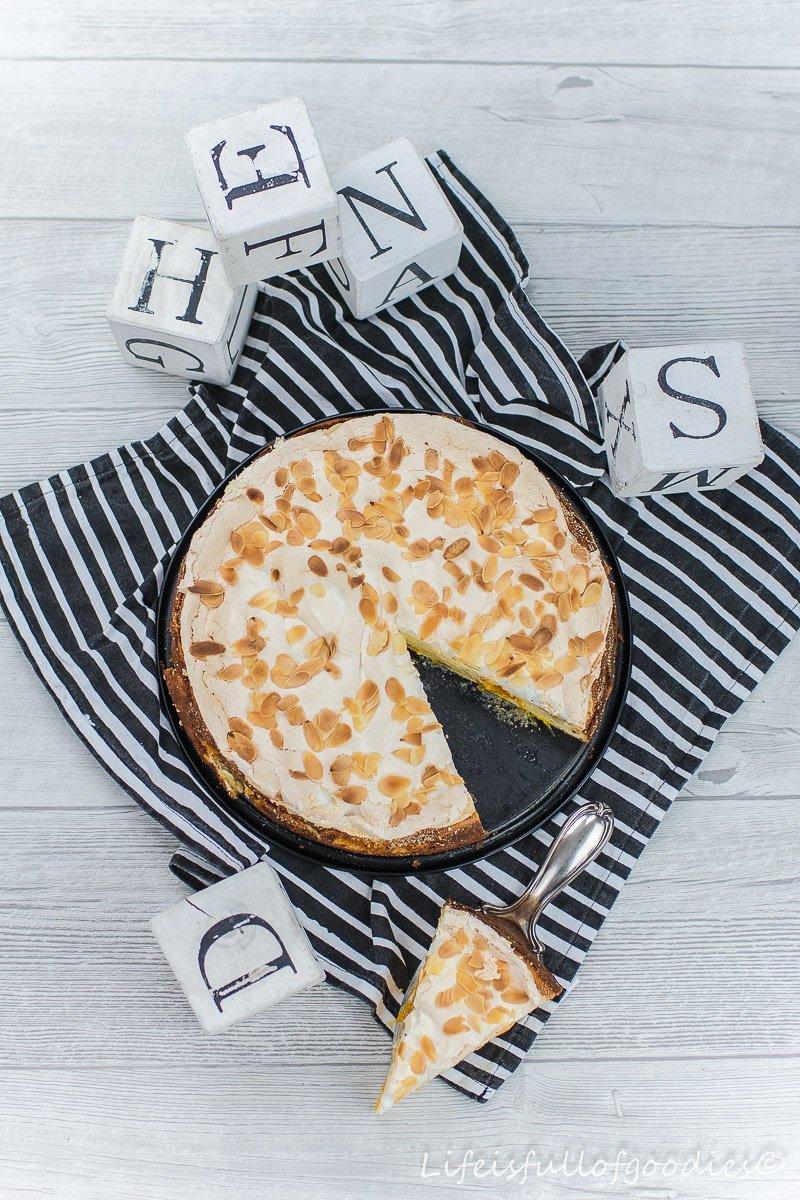 Baiser-Käsekuchen mit Mandarinen