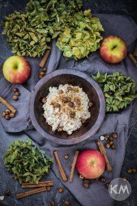 Apfel-Perlgraupen-Porridge