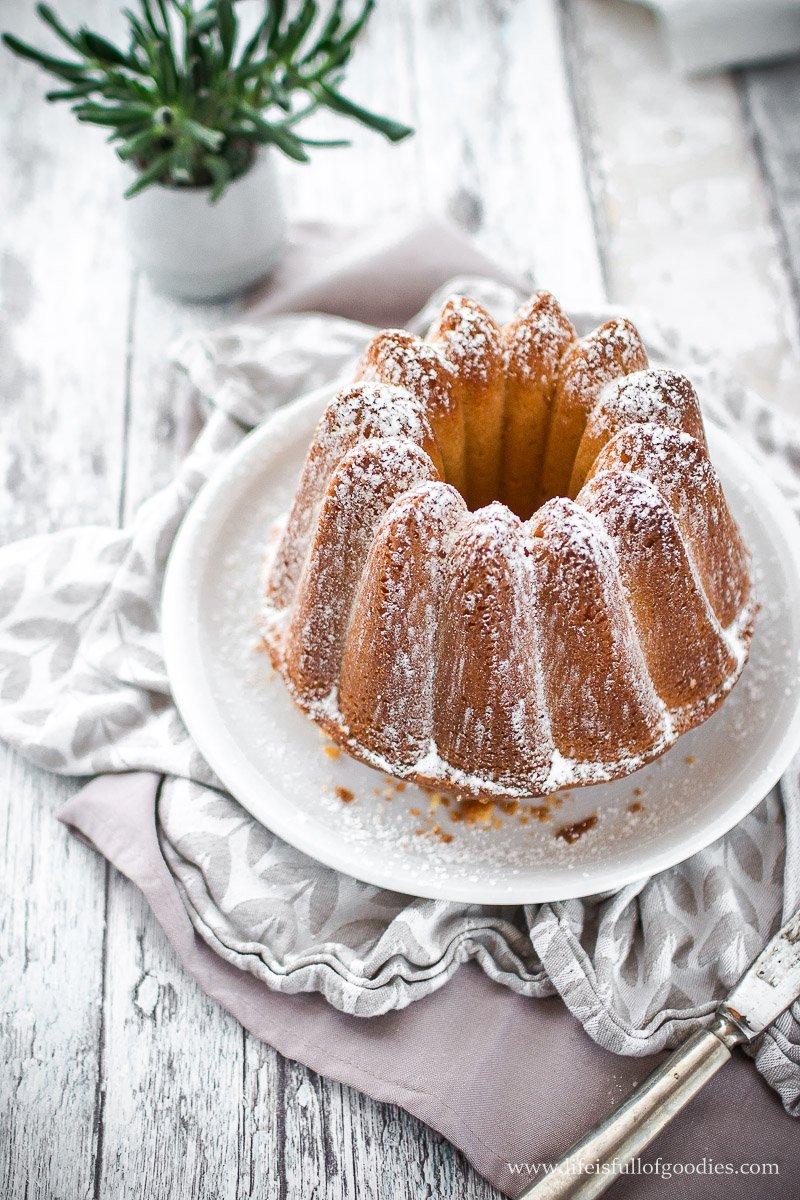 Eierlikörkuchen - der saftigste überhaupt!