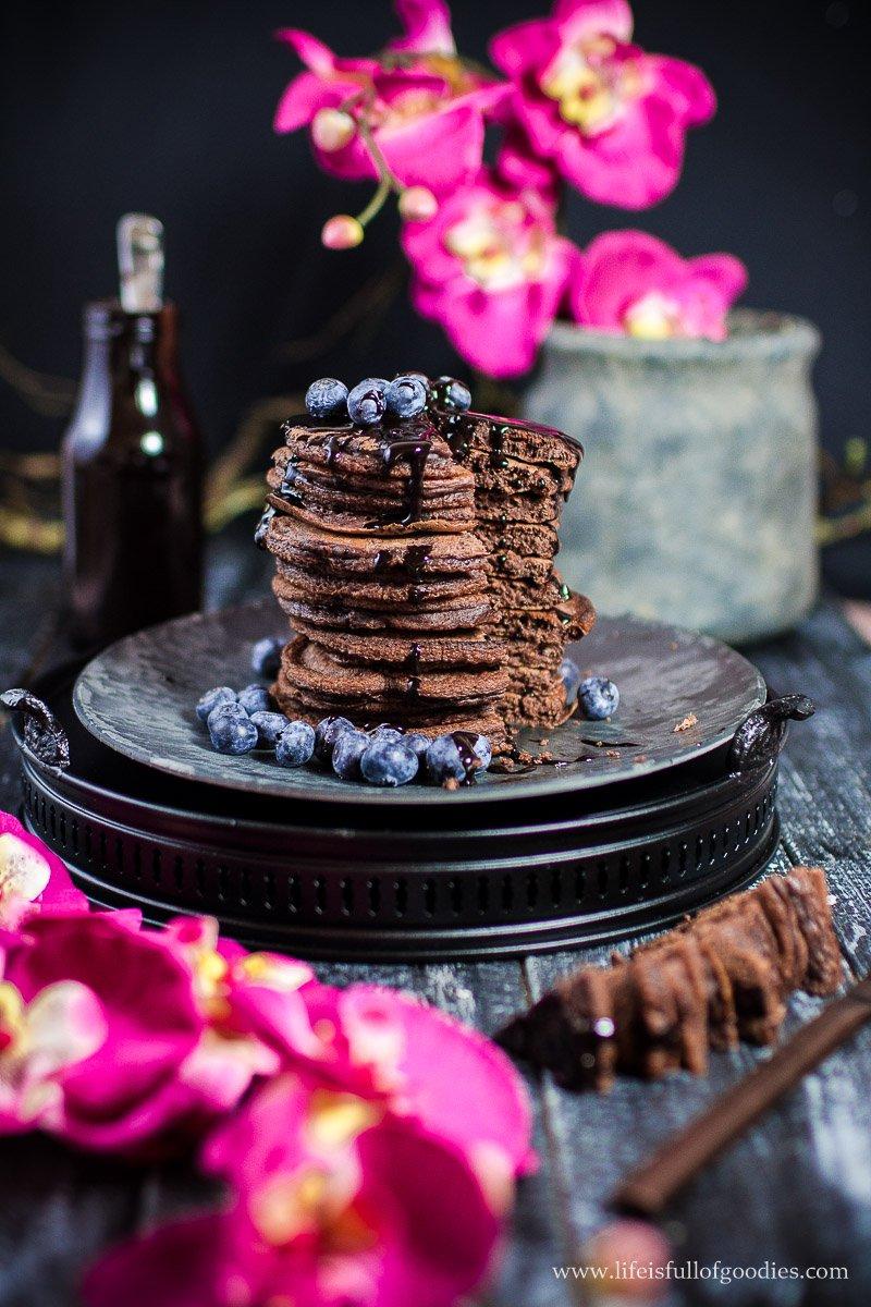 Schoko-Pancakes mit Schokosauce