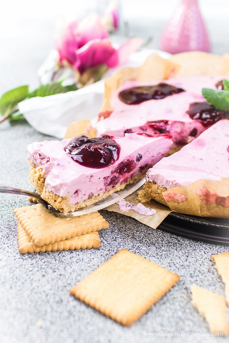 Rote Grütze Joghurt-Cheesecake