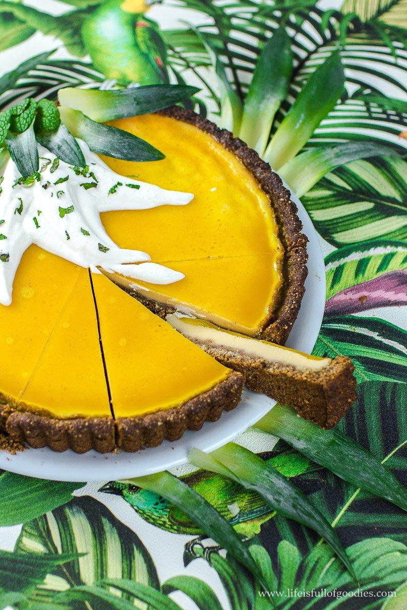 Ananas-Buttermilch-Tarte aus vielen gesunden Zutaten