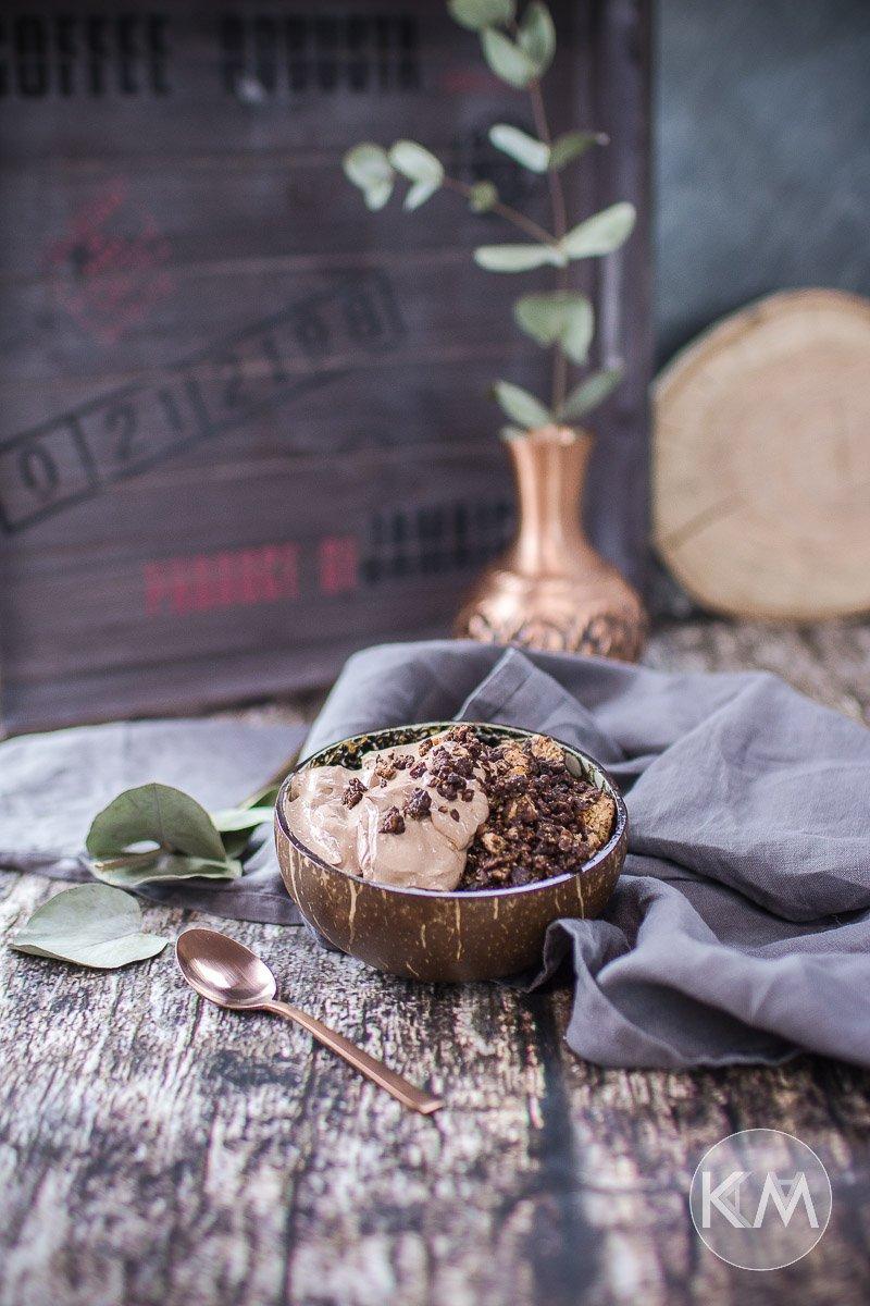 Gesundes Schoko Granola mit Kakaoquark