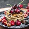 Bananen-Honig-Pancakes - aus Dinkelmehl