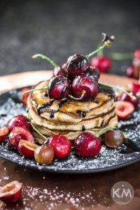 Bananen-Honig-Pancakes – aus Dinkelmehl