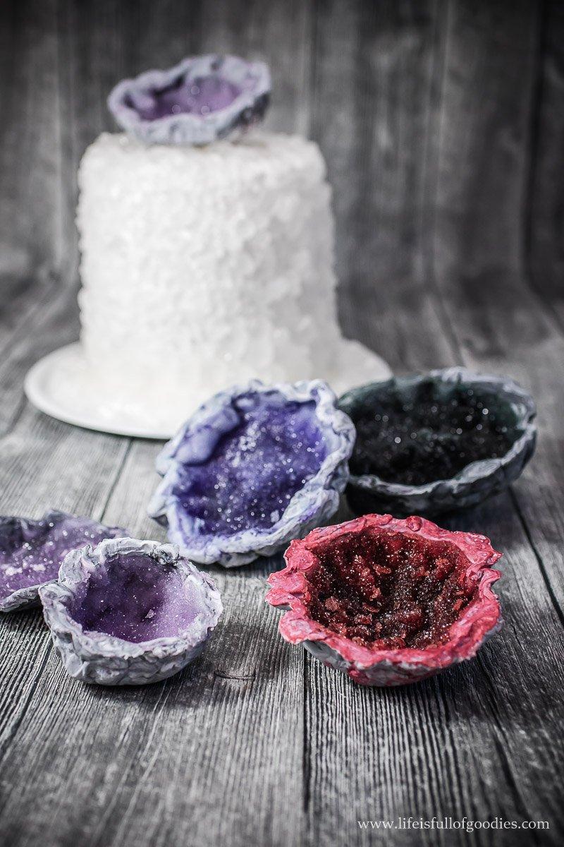 Eine Torte zur Diamanthochzeit - ein Geode Cake