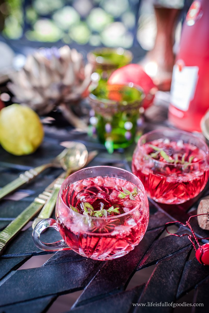 Süßkartoffelhummus, Pitabrot und Granatapfel-Bulgursalat