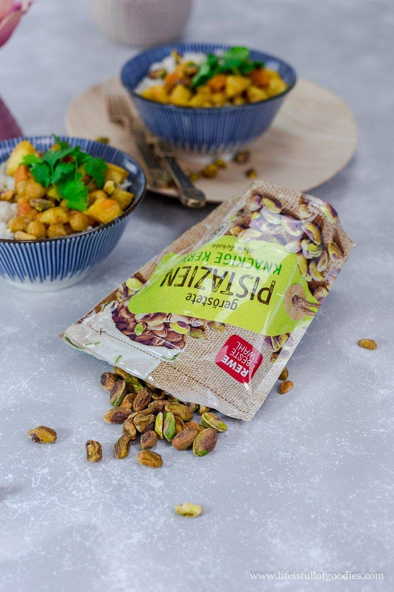 Chai-Honig-Porridge mit Zimtäpfeln