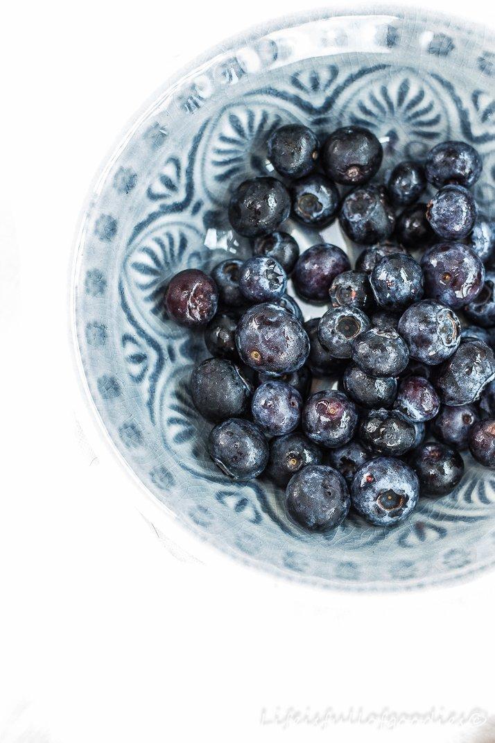 Blaubeerküchlein ohne Weizenmehl, Butter und weißen Raffinadezucker