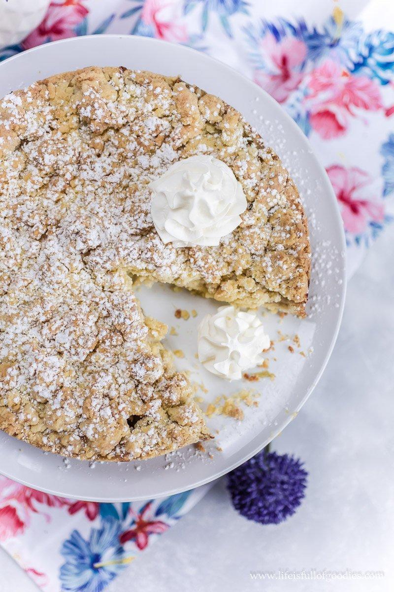Rhabarber-Pudding-Streuselkuchen