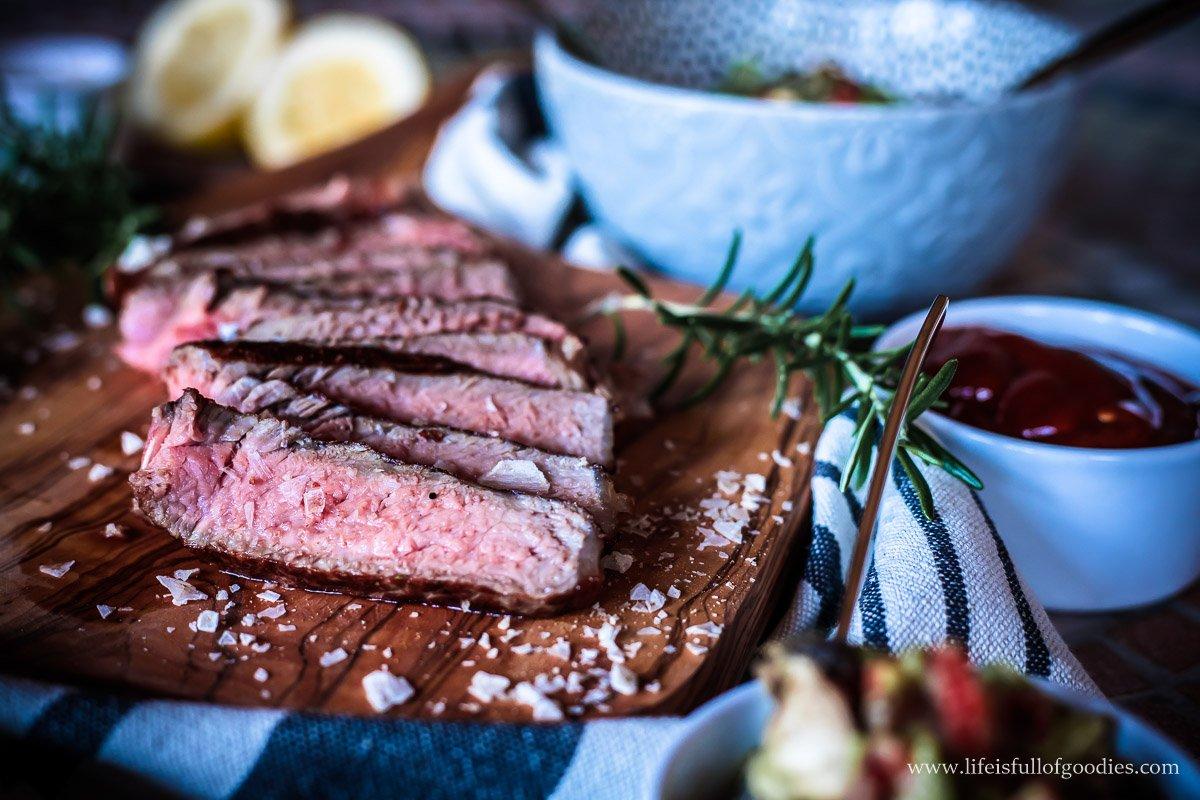Einfache Chili-Grillsauce und der Beefer