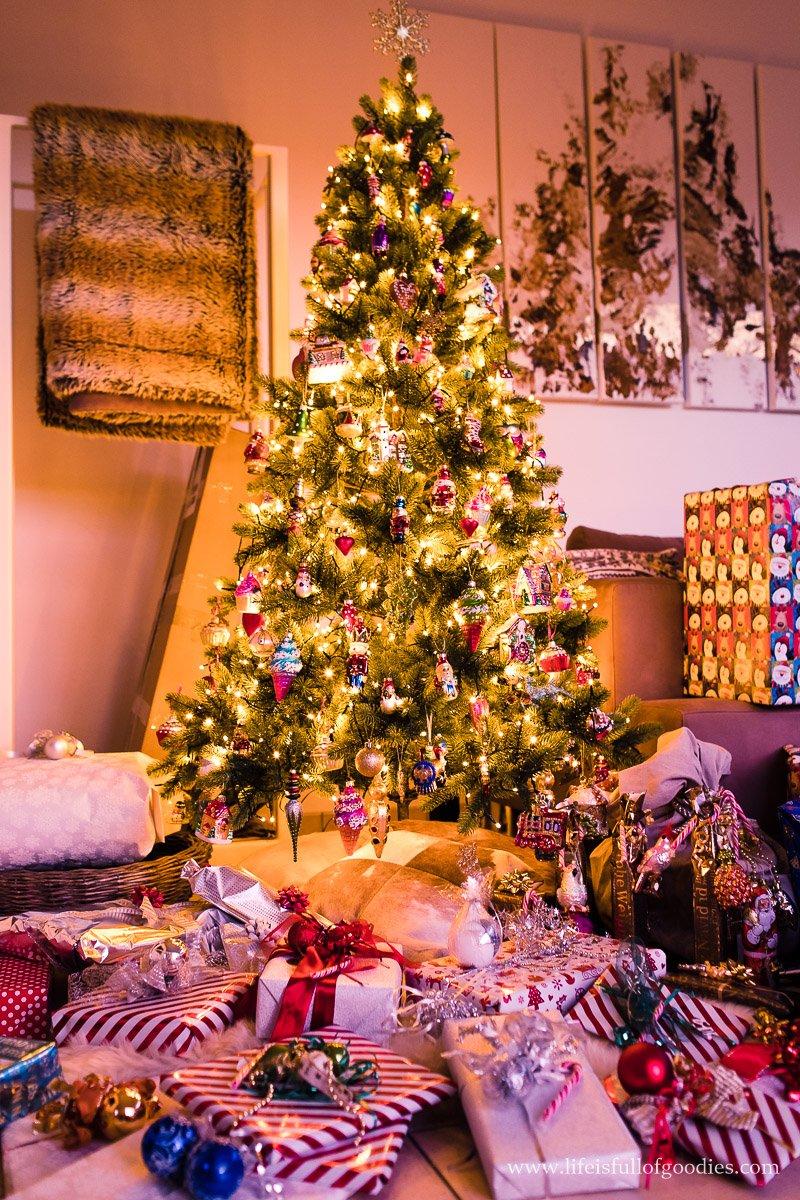 Weihnachten in silber und weiß
