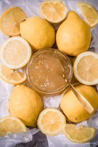 Zitronengelee – das Beste! Als Aufstrich, in Joghurt, zu Pancakes… immer ein Traum