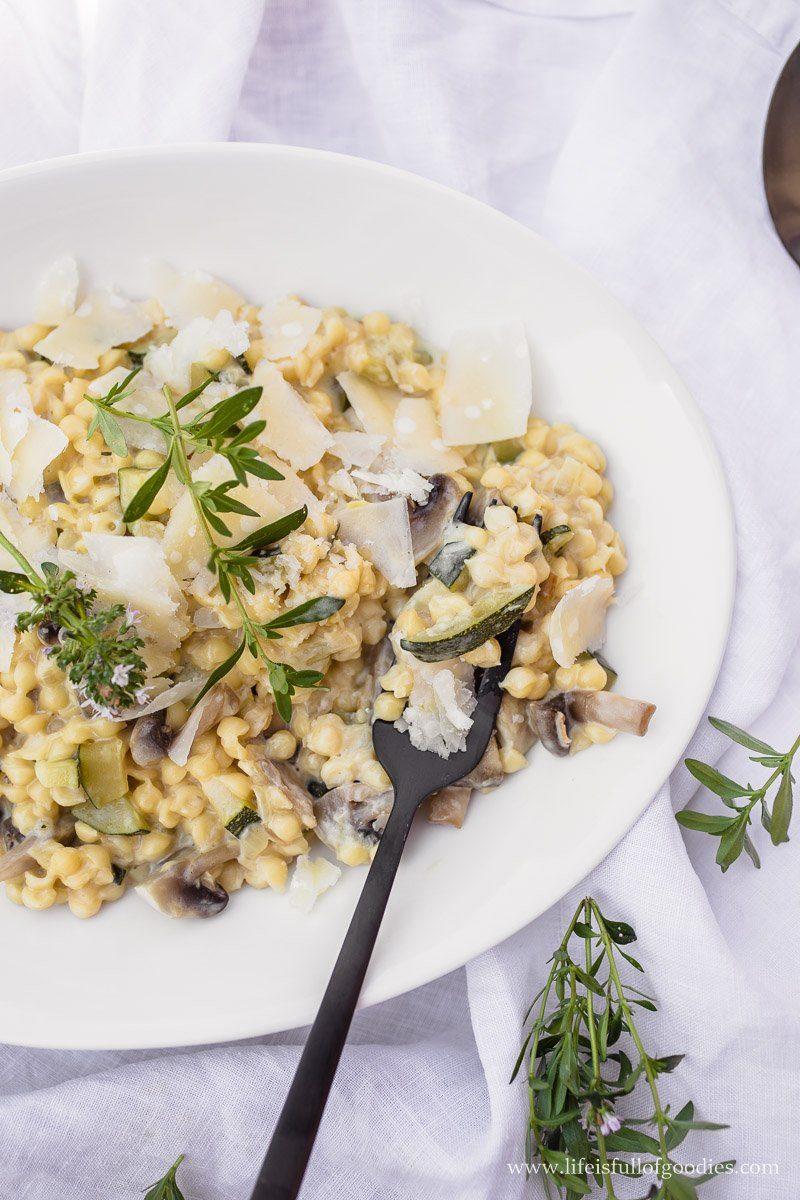 Creme Pasta mit Zucchini und Champignons