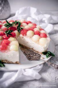 Melonen Cheesecake ohne Backen – so cremig und frisch!