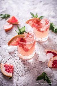 Grapefruit Holunderblüten Cocktail – mit und ohne Alkohol