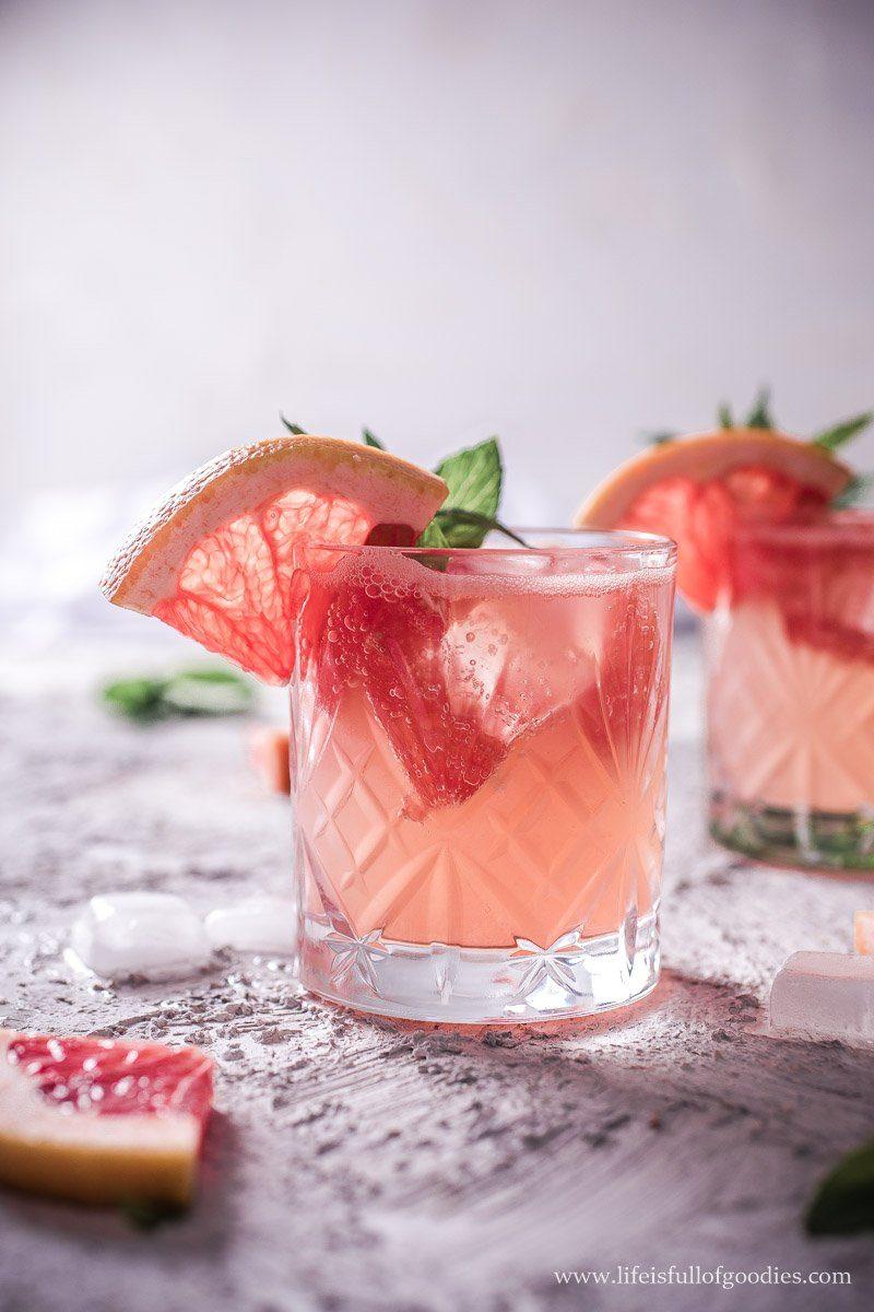 Grapefruit Holunderblüten Cocktail - mit und ohne Alkohol