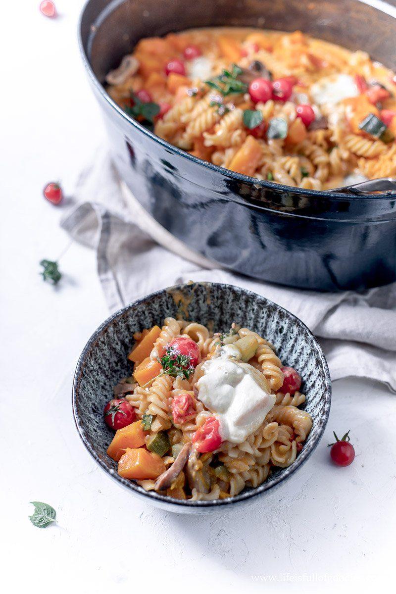 One Pot Pasta Kürbis Topf