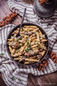 Cremige One Pot Pilz Pasta