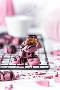 Softkaramell mit Ruby Chocolate Mantel