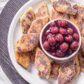 Grießschnitten mit Kirschkompott