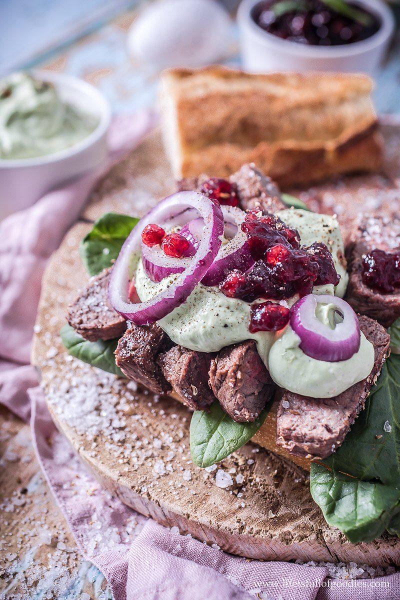 Kräuter-Senfcreme - zu Steak, Fisch oder als Dip