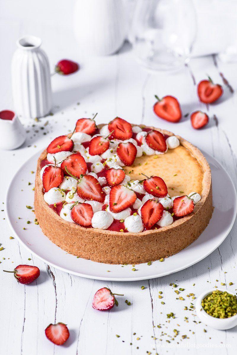 Cheesecake New York Style mit Erdbeeren