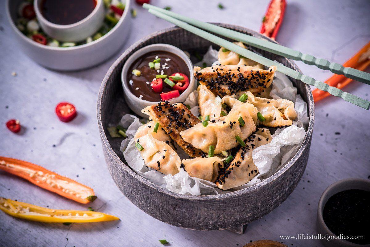 Gyoza Dumplings mit Gemüsefüllung (vegan)