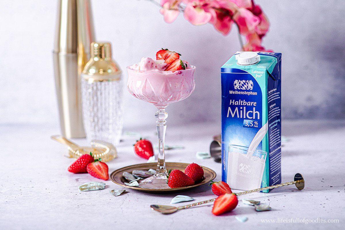Frozen Strawberry Coconut Milkshake