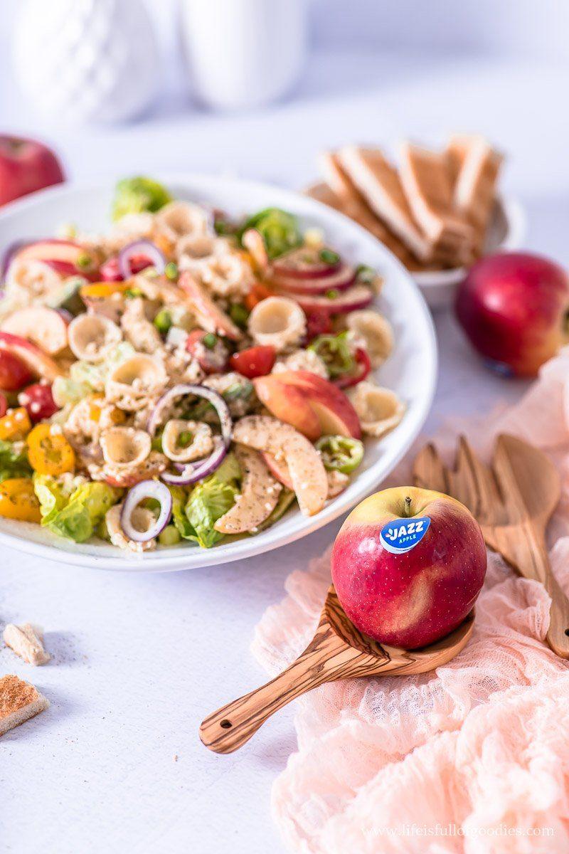 Bulgur Pasta Salat mit Apfel