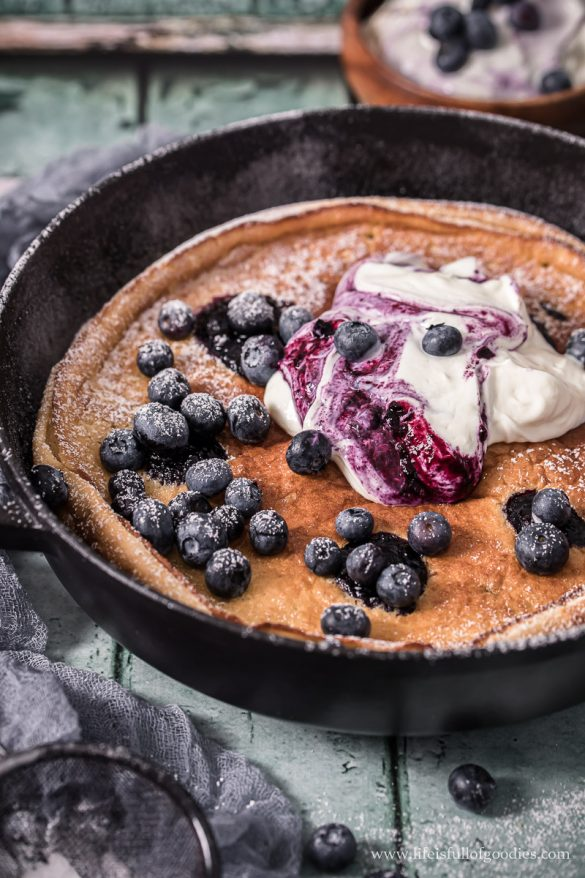 Heidelbeer Ofenpfannkuchen
