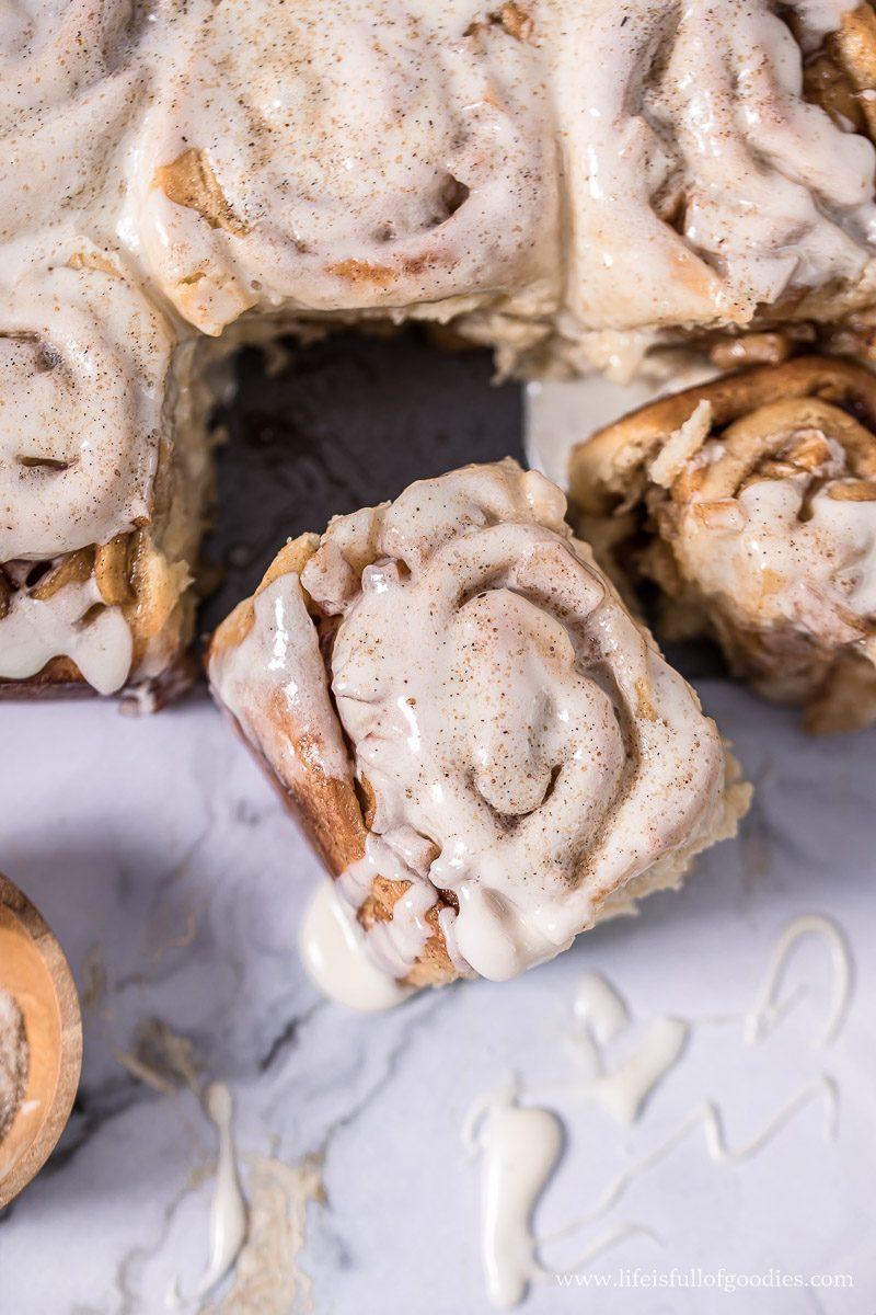 Apple Cinnamon Rolls mit Vanilleglasur